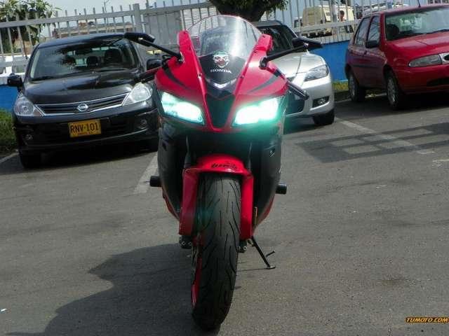 Fotos de Honda 500 cc o más 2008 6