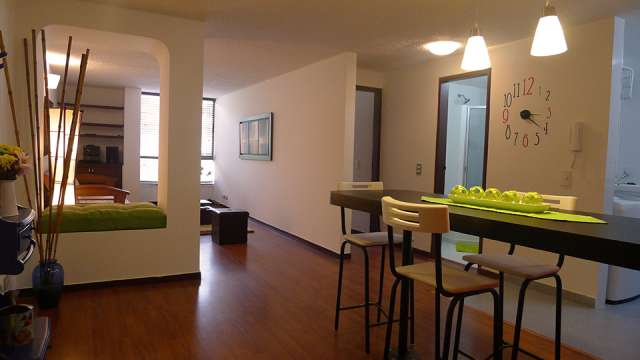 Arriendo hermoso apartamento amoblado parque del virrey