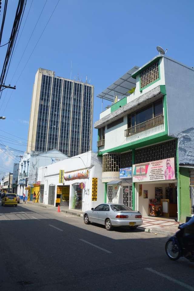 Fotos de Vendo edificio centro de neiva huila 3