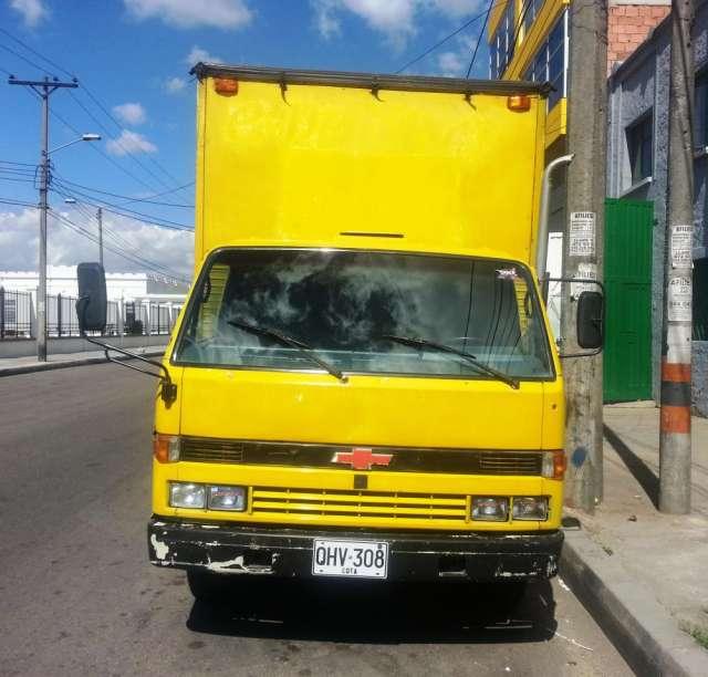 Dos furgones usados en excelente estado