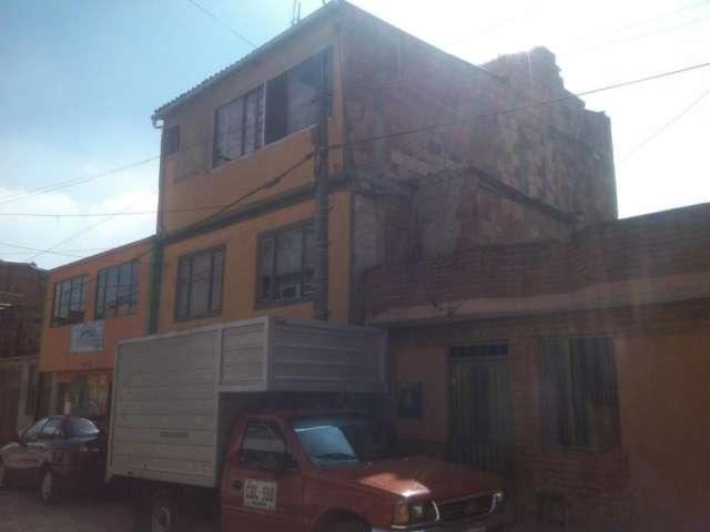 En venta bonita 197 metros bogotá casa 3 pisos los almendros oferta