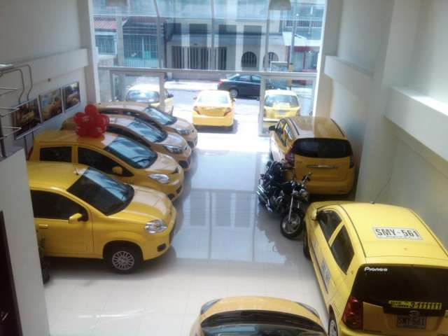 Vendo taxi 0 kms con cupo listo para trabajar en las ciudades de bogotá, medellín.