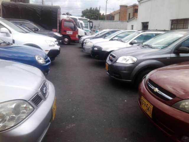 Venta de vehiculos usados de primera y a credito