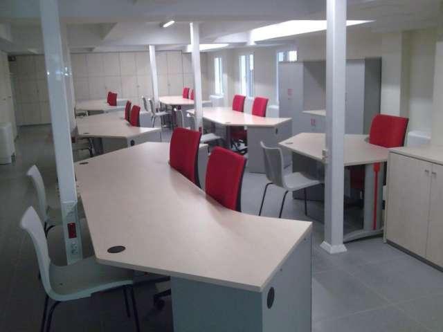 Muebles, instalaciones y todo para su oficina