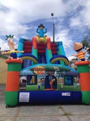 Saltarines inflables juegos trampolines parques esferas acuaticas muro escalar