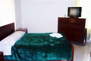 Hotel en bogota economico cerca universidad nacional y corferias para grupos