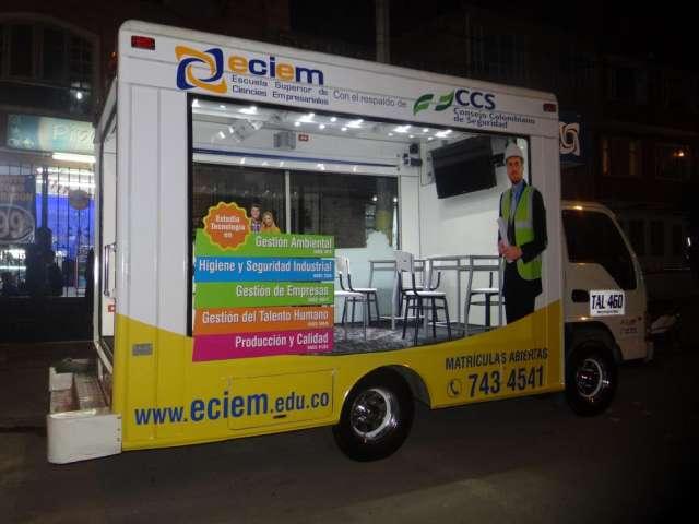 Carro vitrina, oficina movil en alo publicidad tels 2305124--2383836