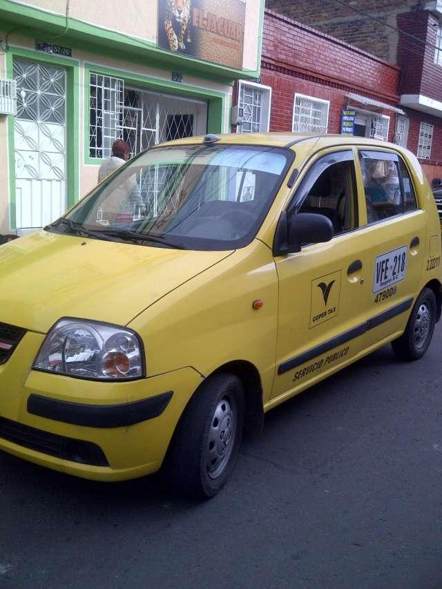 Fotos de Vendo taxi atos 2010 $114.000.000 2