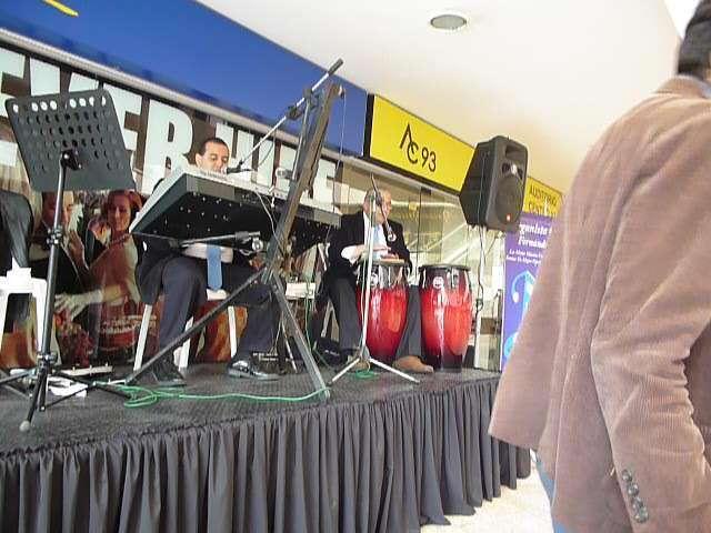 Fotos de Organista, musico coteles, grados tel: 3193676786 2