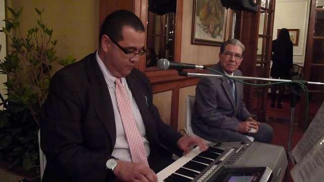 Organista, musico coteles, grados tel: 3193676786