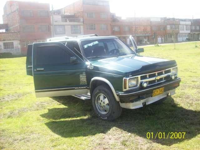 Vendo camioneta chevrolet blazer 93, gas y gasolina