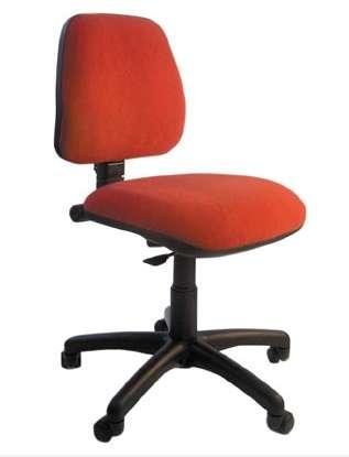 Mantenimiento de sillas,cambio de partes etc.