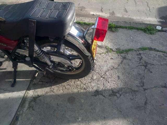 Fotos de Moto suzuki gn125h 2012 2