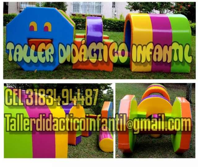 Gimnasios En Espuma Areas De Proteccion Juegos Infantiles Piscina De