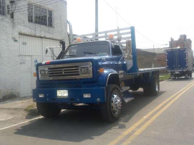 Ofrezco servicio de transporte en camiones planchon