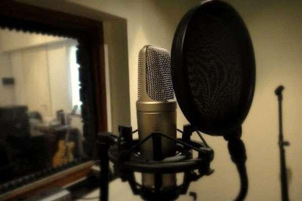 Locutores profesionales , encuentra la voz indicada para tu proyecto