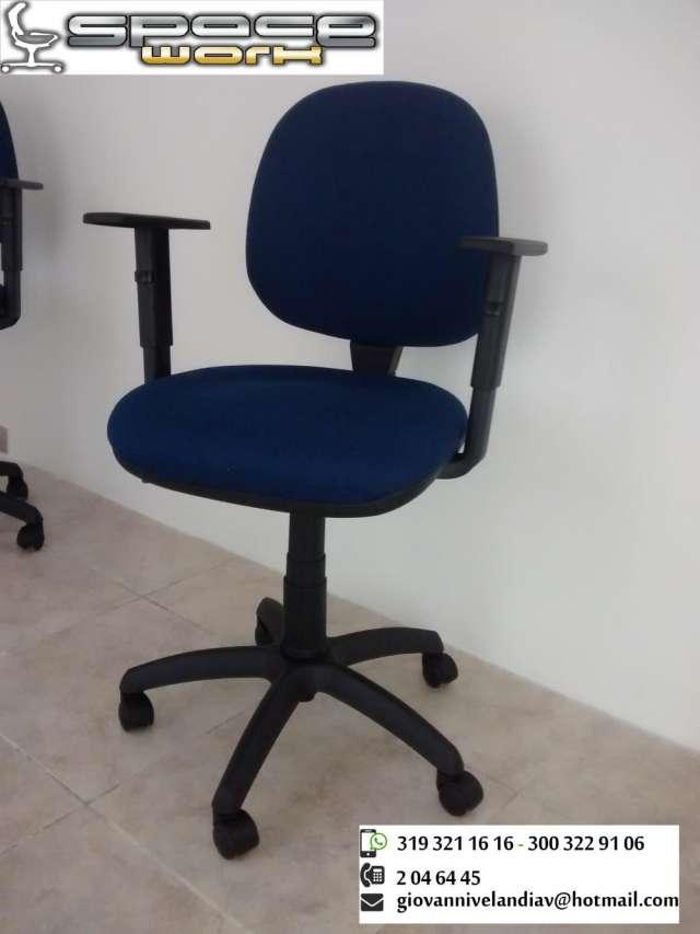 Mantenimiento y reparación de sillas de oficina