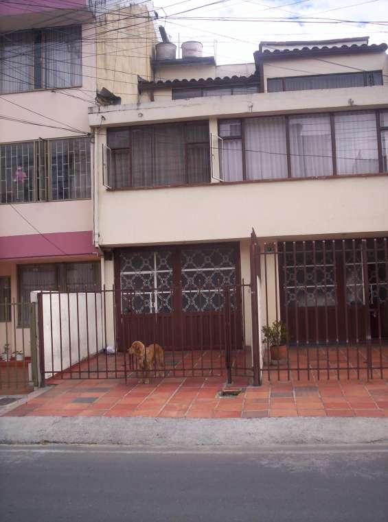 !! linda casa en cedritos rentando $, vendo. !!