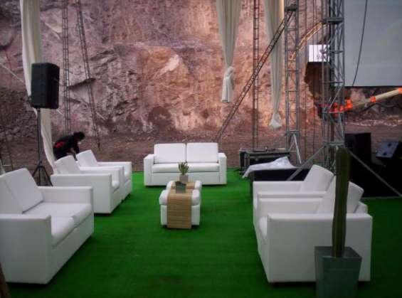 Fotos de Alquiler de sillas tipo bar, barras, cocteleras, salas lounge 2