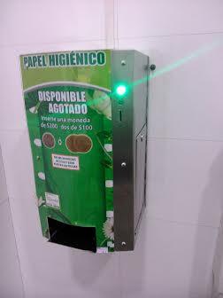 Papel higienico con monedas