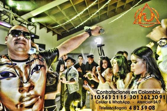 Grupos y cantantes de reggaeton bogota - hora loca bogota