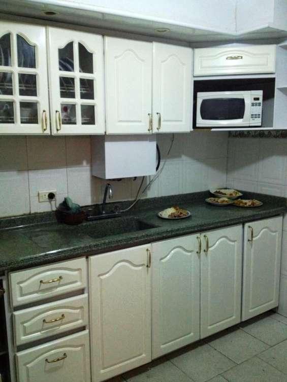 Fotos de Alquiler habitaciones amobldas con servicios incluidos 2