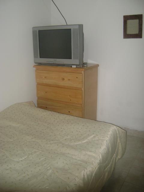 Fotos de Alquiler habitaciones amobldas con servicios incluidos 5