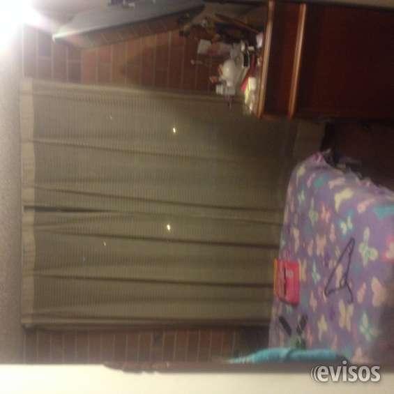 Alcoba 9 mtrs 2 sin contar closet, cabe  cama doble mesita de noche mueble tv