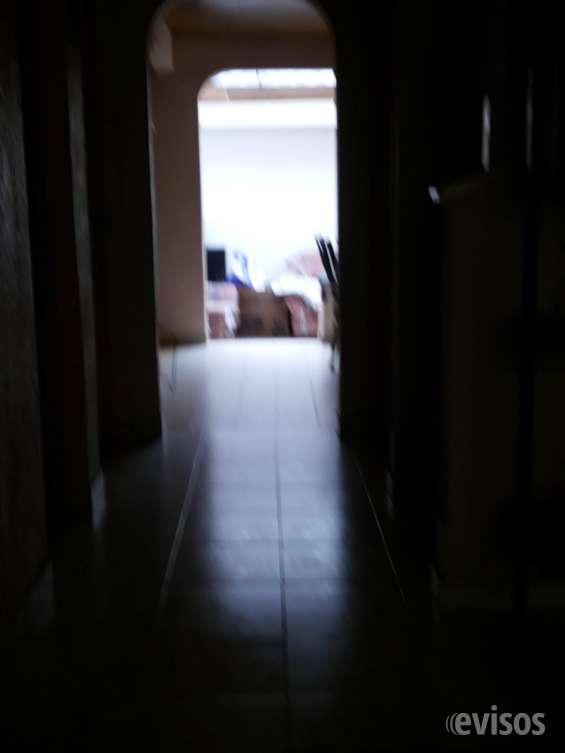 ||| linda casa frente al portal de 80, vendo. !!!