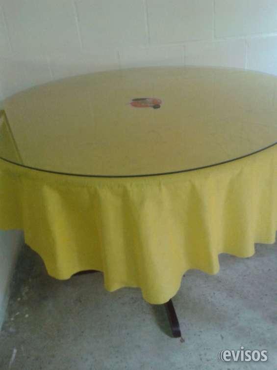Vendo mesa comedor redonda con vidrio