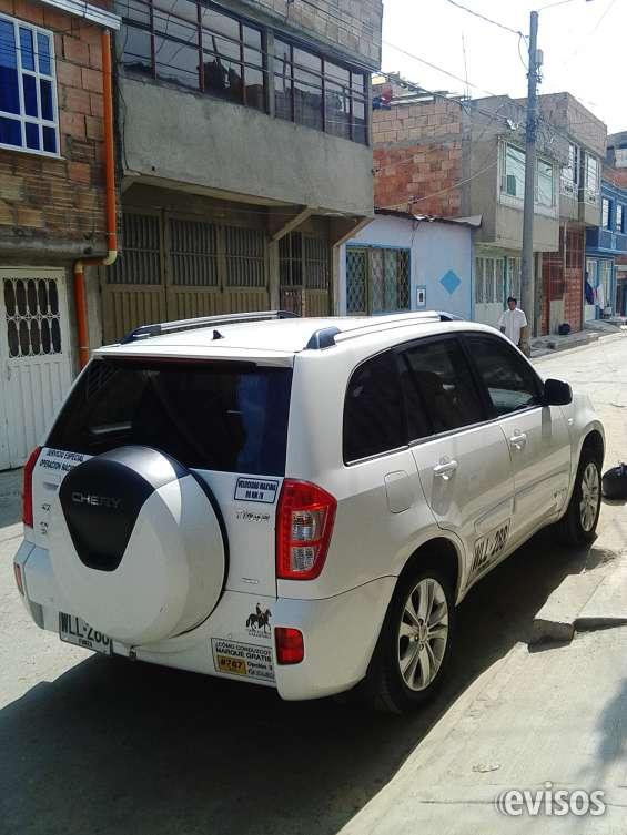 Se ofrece camioneta de placas blancas transporte de pasajeros