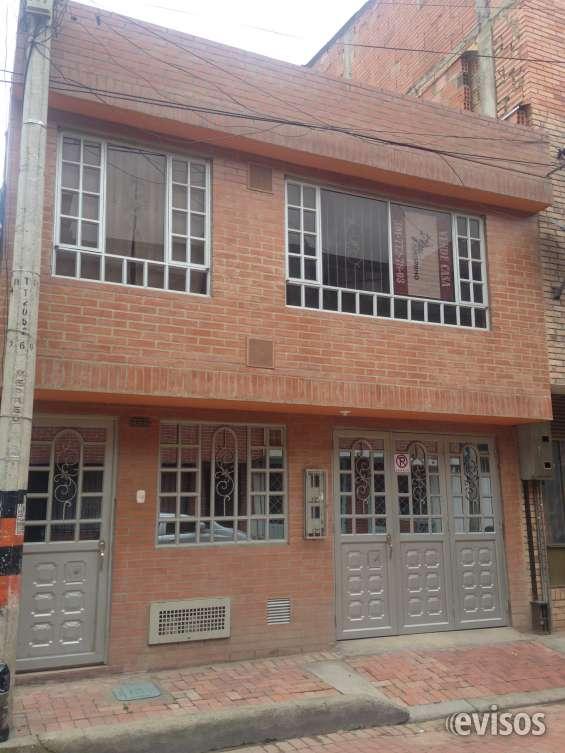 Vende casa – barrio cantalejo.
