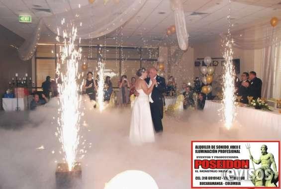 Alquiler de ventury, venta de pólvora fría, sonido,iluminación para bodas y eventos