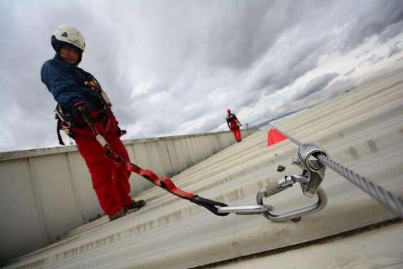 Servicios profesionales de instalacion de lineas de vida y puntos de anclaje