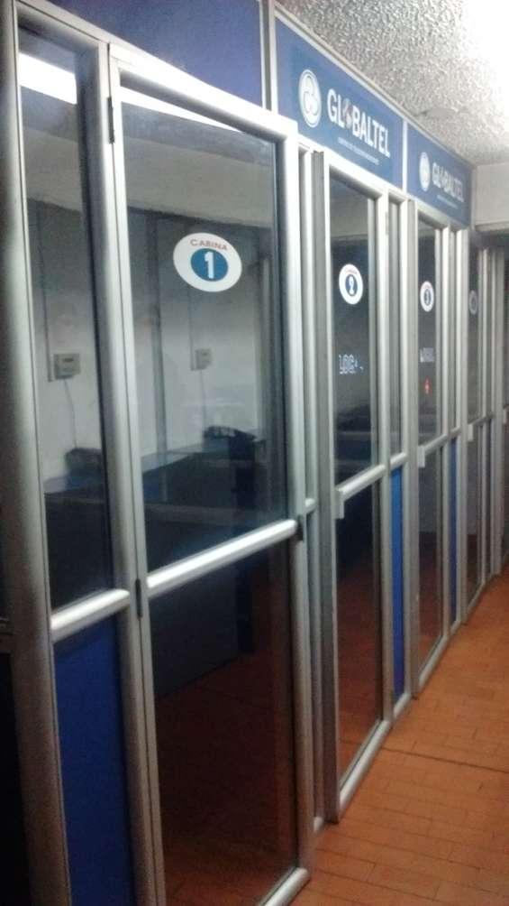 Ganga. vendo cabinas telefónicas y muebles para internet, para trasladar.