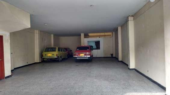 Se vende casa comercial en bogota en el barrio san jose