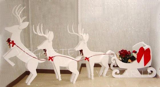Decoración y figuras navideñas
