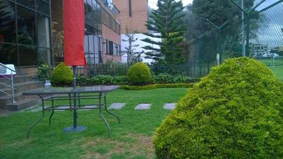 Remato,calleja alta,exclusivo sector, 282m2,full remodelado, vista al country, jardin