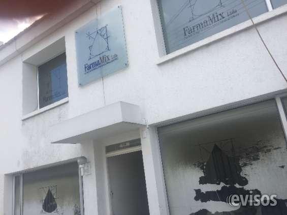 Fotos de Se vende casa con excelente ubicación 2