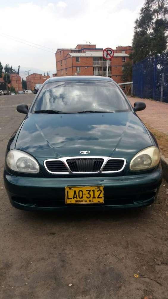 Vendo daewoo lanos modelo 1998