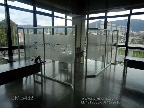 Divisiones-piso techo- media altura fabricantes
