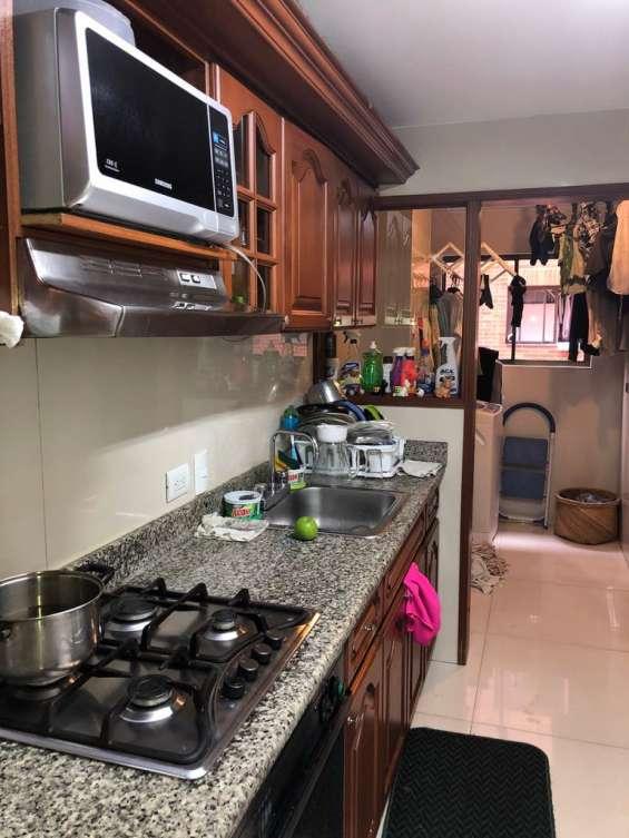 Cocina, zona de ropas