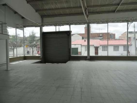 Area vitrina comercial2