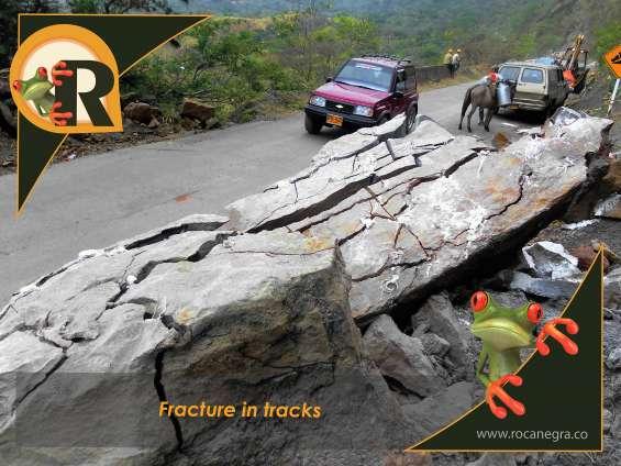Demolición de rocas en vías
