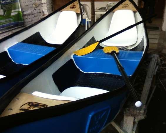 Canoas en fibra de vidrio