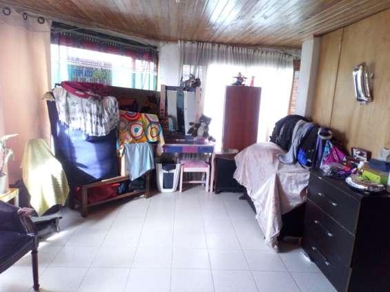 Fotos de Se vende casa  en bogota-en el barrio olaya 8